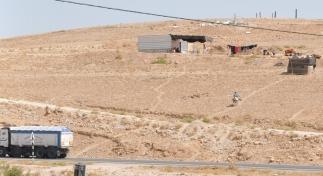 BGSaltnes-Bedouin_landscape_Nuweima_2014_09_13